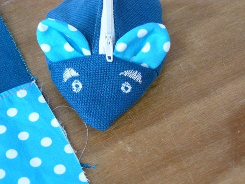 une souris bleue ....