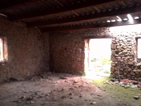 décombres couverts