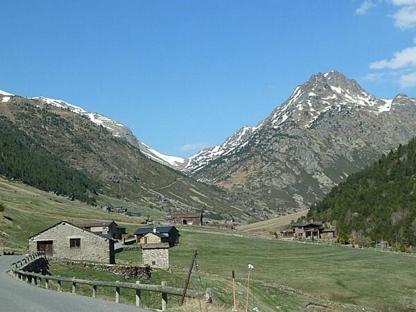 0 P Andorre (9)