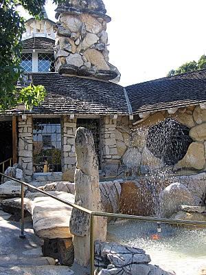 Côte Californienne Madonna Inn 2