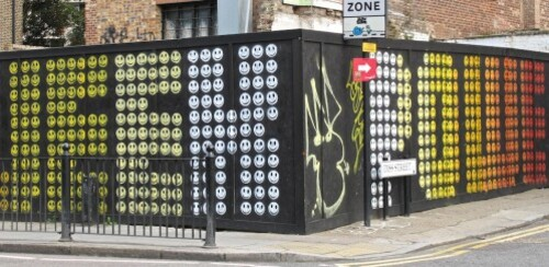 Londres-street-art-Hackney-Eine-smiley-8123.jpg
