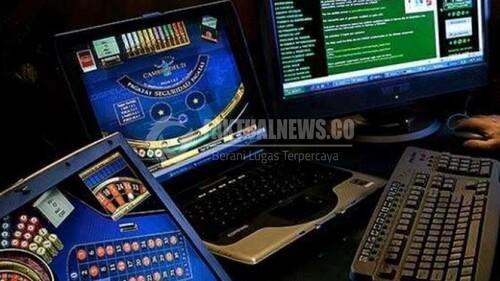 Situs Poker Online Uang Asli Bagi Bagi THR