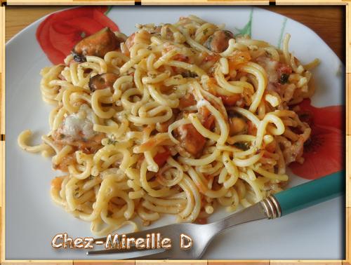 Spaghettis aux Moules et à la Tomate