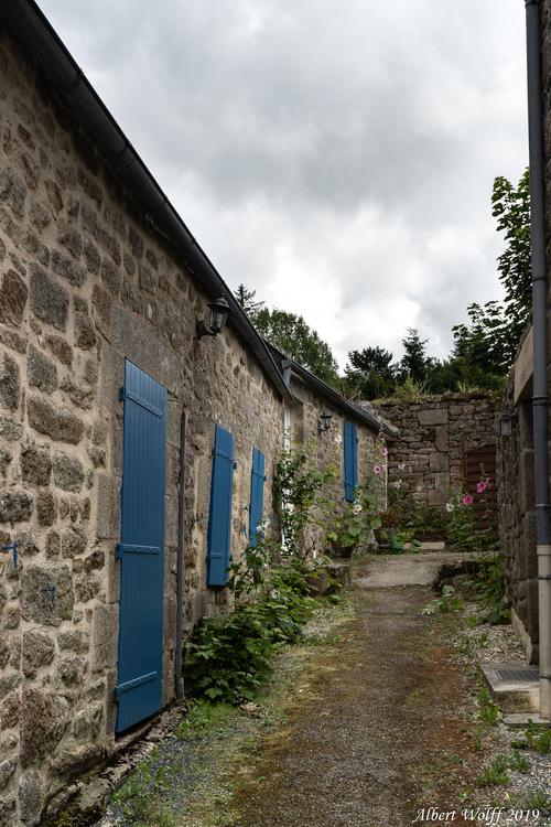 Finistère 2019 - Les pierres de Locronan  (1)