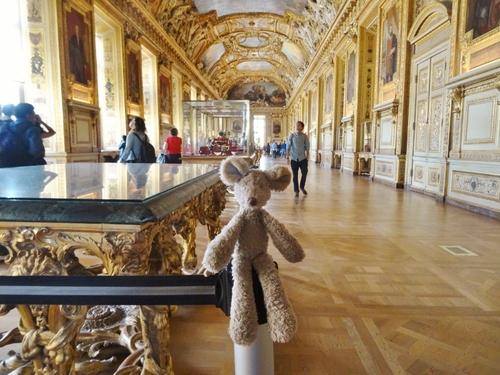 Minizup'tite au Louvre, c'est un poème!