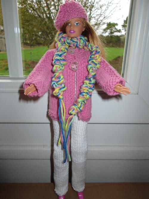 Vestes, bérets, écharpes pour barbie