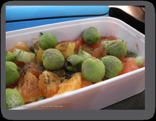 Salade d'agrumes et kiwaï, sirop de gingembre et thé matcha
