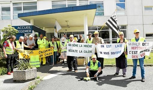 Urgences de Carhaix. Les gilets jaunes manifestent leur soutien (LT.fr-22/06/19-19h25)