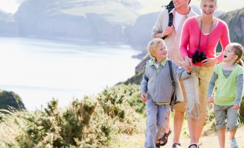 Apa Saja yang Kita Butuhkan Ketika Kita Traveling ke Pegunungan Bersama Keluarga?
