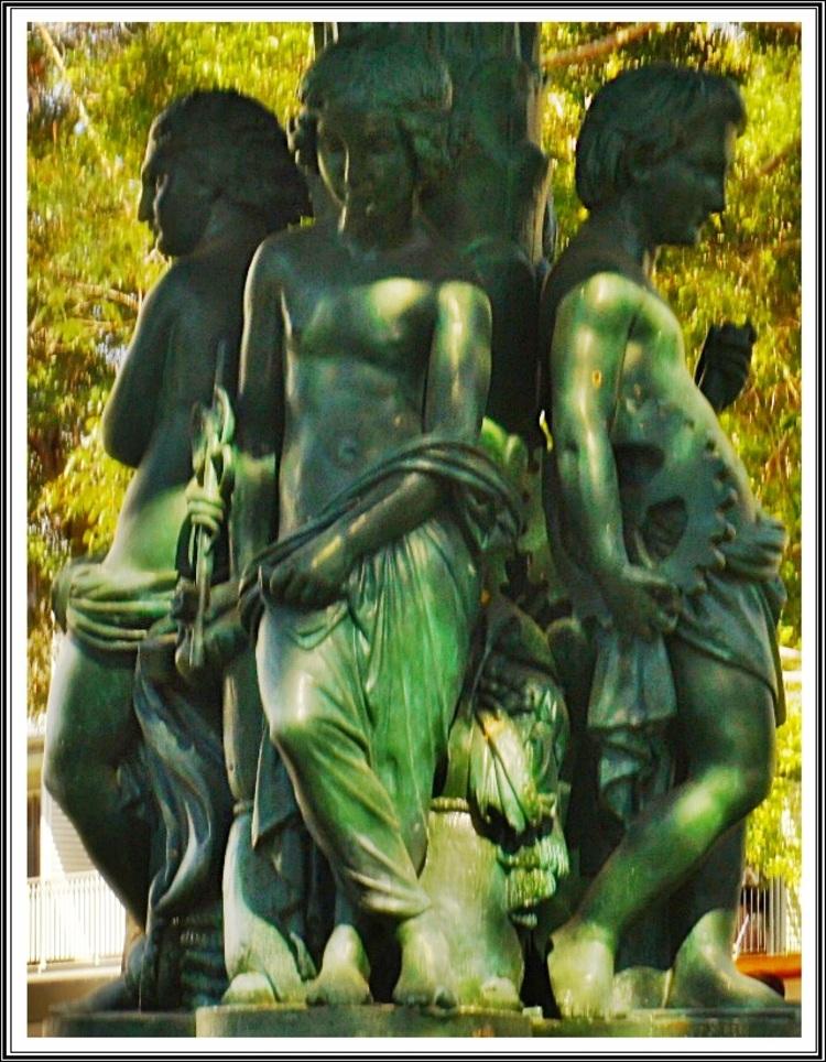 Cathédrale ST-DENIS & alentours et STE-MARIE (1/6)