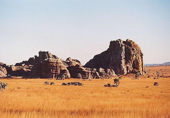 800px-Madagascar-isalo