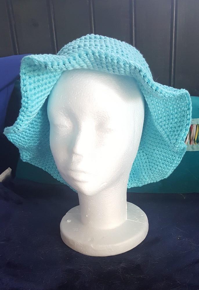 """Un chapeau """"Indiana Jones"""" pour Viviane..."""