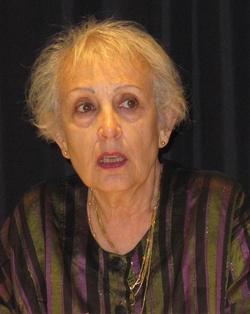 Cassis: Joëlle Gardes conte les pauses cassidennes de Virginia Woolf