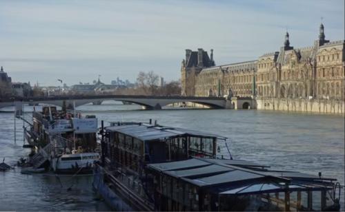 Dessin et peinture - vidéo 2517 : Perspective ( 1 point de fuite ), sur Paris et les rives de la seine - Peinture aquarelle.