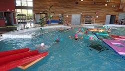 Séances de piscine qui se poursuivent pour les CE1