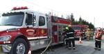 Incendie à la Scierie Boucher de St-Honoré: 12 pompiers de La Guadeloupe St-Évariste se rendent sur les lieux.