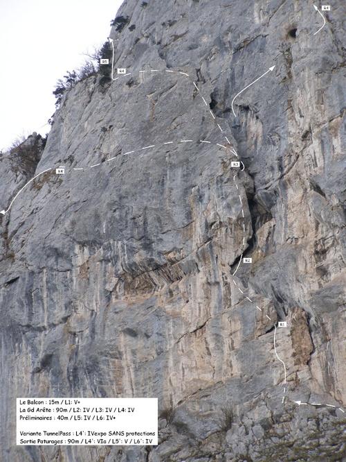 135m de grimpe, + de 180m en commencant par la Jaune... déjà une hauteur bien respectable !