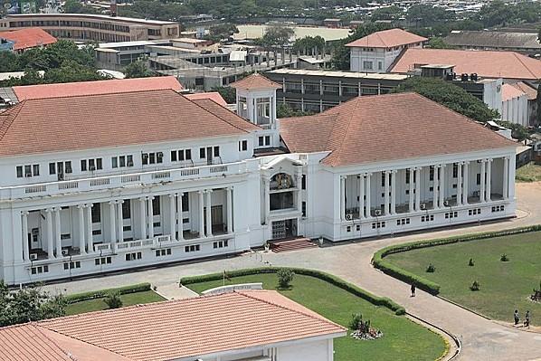 800px-Supreme Court of Ghana