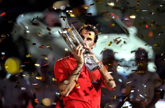 Roger Federer au firmament à Shanghai