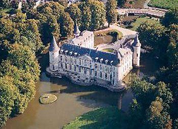 """Résultat de recherche d'images pour """"Château Ermenonville près de paris"""""""