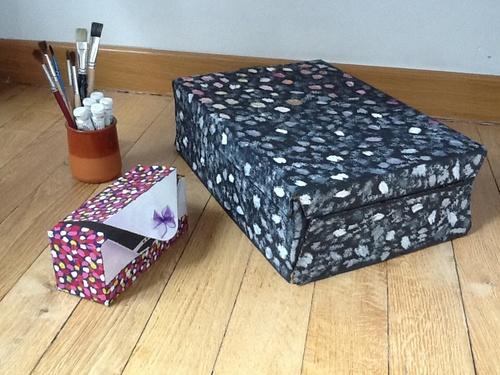 31° customisation de 2 boîtes en carton (customization of 2 cartons)