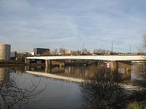 300px-Nantes pont aristide briand-