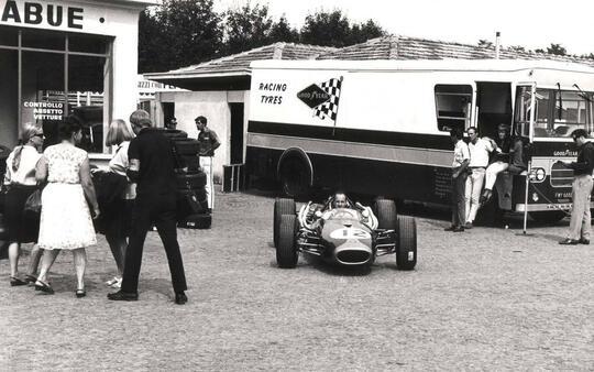 Denny Hulme (1965-