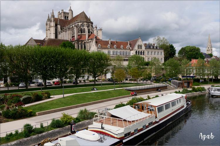 Petit tour à Auxerre sur Yonne (avant la pluie)