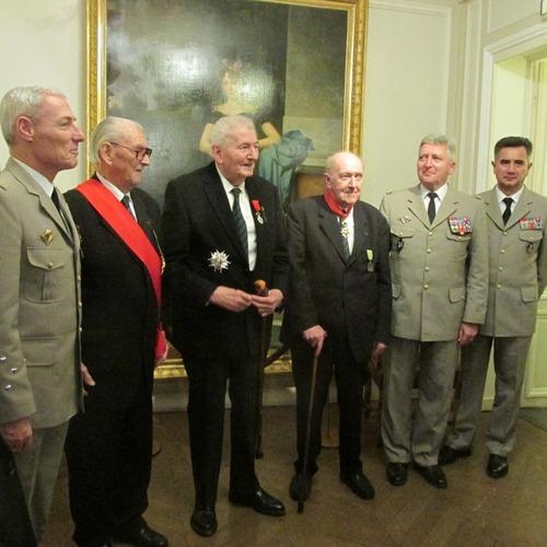 *17 Novembre - Hubert GERMAIN (13 DBLE) élevé à la dignité de Grand officier de la Légion d'honneur