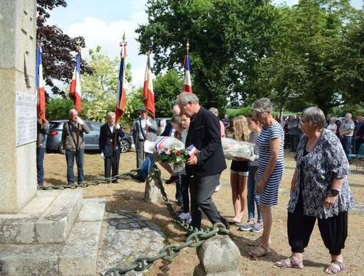 L'an passé, le public était venu en nombre honorer les deux résistants et quatre résistantes exécutés le 26juillet 1944, à Keryacunff.