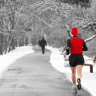 Faut-il arrêter de courir avec l'hiver