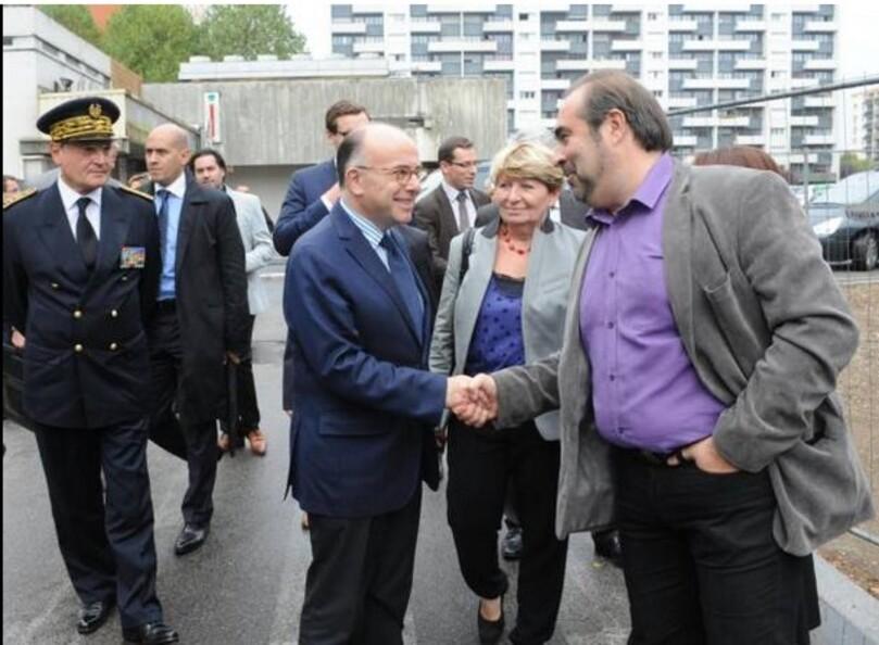 Toujours au bon endroit… l'écologiste Jean-Michel Bérégovoy, adjoint de quartier sur les Hauts, ne dit pas autre chose : « Le ministre vient, tant mieux. Mais si derrière il n'y a pas les moyens – et je rappelle que cette année l'État a baissé de 3 M€ les dotations pour la Ville de Rouen – ce sera contre-productif. »