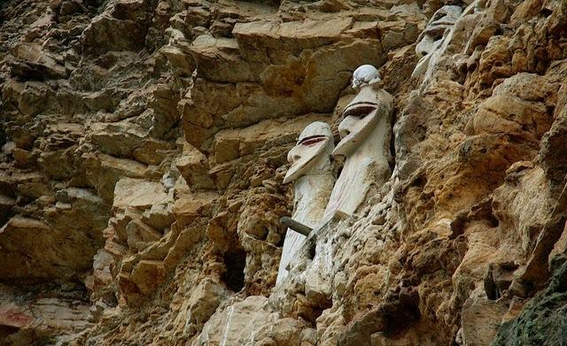 Les étranges Sarcophages des Chachapoya (1)