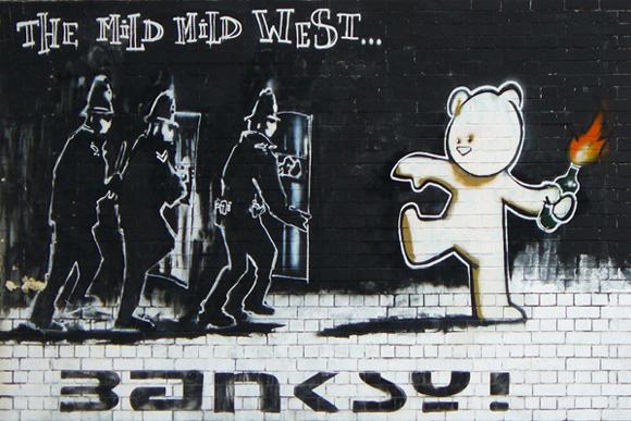 """Résultat de recherche d'images pour """"mild mild west banksy"""""""