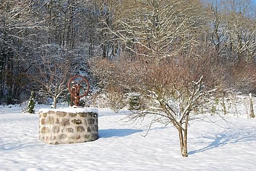 puits-sous-la-neige.jpg