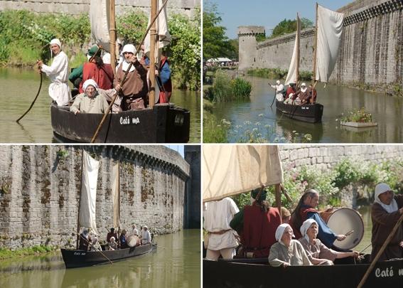 Balade en bateau devant les remparts de Guérande avec les Mariniers de Brière