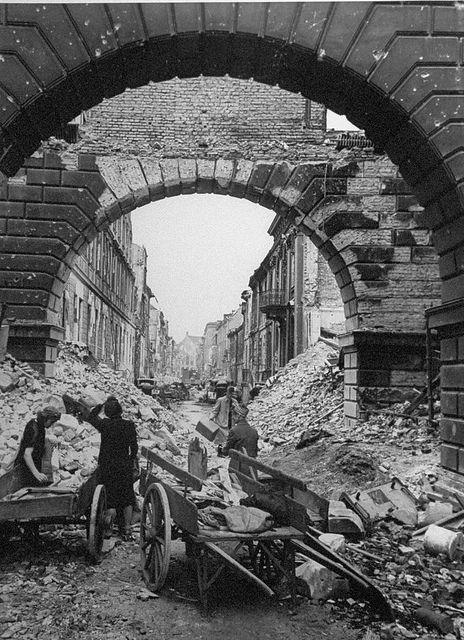 Berlin 1945: