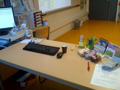 My desk 2