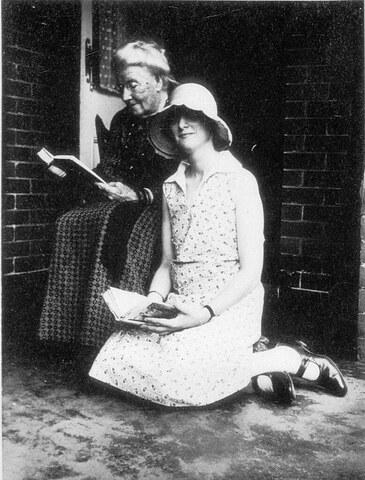 06 - Autres vieilles dames à la lecture