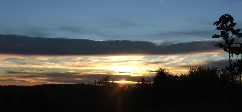 cliques sur la photo de mon coucher de soleil au ballon d'alsace    -    me demander pour une photo !