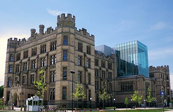Ottawa-Musee-Canadien-de-la-Nature.jpg