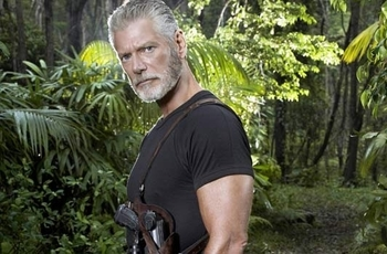 Reckless-l-ex-Terra-Nova-Stephen-Lang-rejoint-le-pilote-ABC_portrait_w532