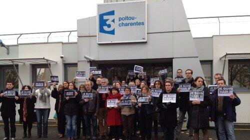 L' hommage du Poitou à Charlie Hebdo ...
