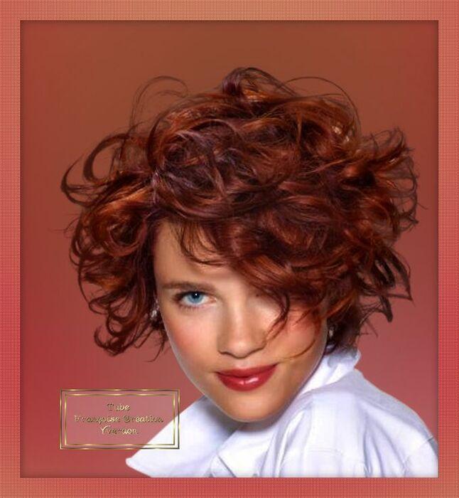 Femmes cheveux bouclés (11 à 22)