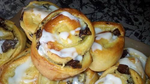 Petits pains aux raisins ou pépites de chocolat (Schneck)