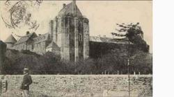 LES REMPARTS DE SAINT-SAUVEUR-LE-VICOMTE (Manche)