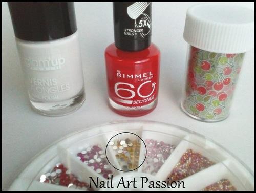 Nail art rouge et foils cerises !