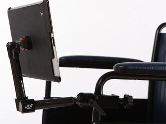 MagConnect : supports tablette pour fauteuil roulant