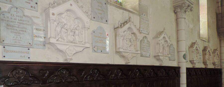 cliques sur le chemin de croix de l'église Notre Dame de Bellac dept 87