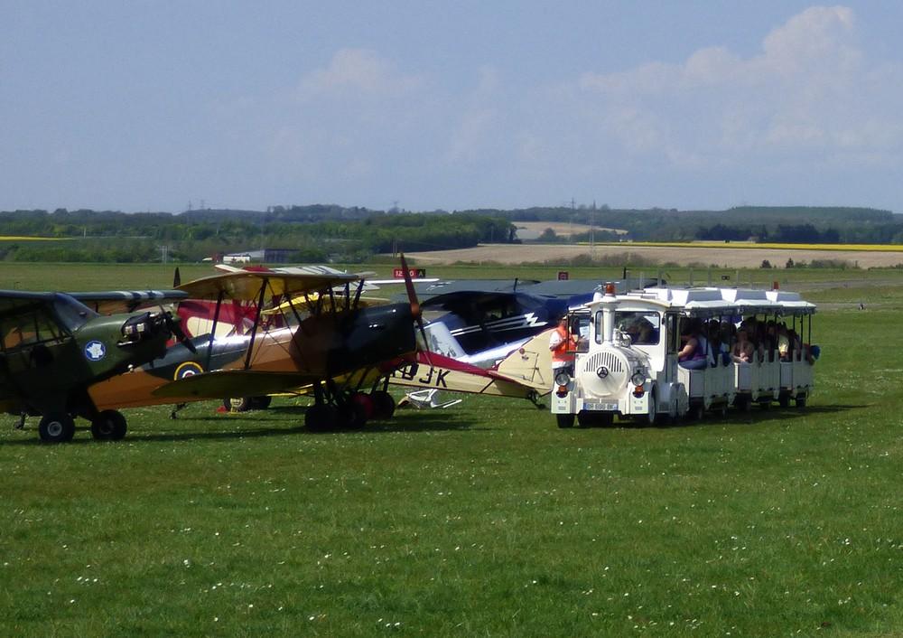 Kermesse à l'Aérodrome de Glisy (80)